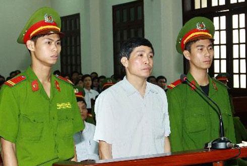 M. Nguyen Van Khanh, l'ancien chef-adjoint du Comité populaire de Tien Lang © 2013 TTXVN