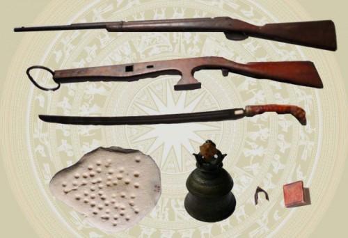 Artefacts de la résistance armée Can Vuong. Musée du Nghe Tinh © Btxvnt.org