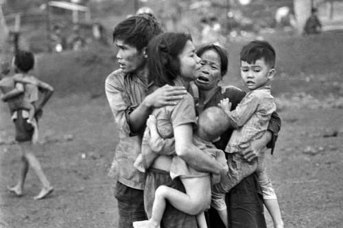 VietnamWar_DongXoai1965