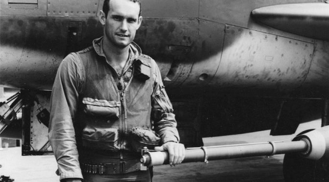 Merrill A. McPeak : Bombing the Ho Chi Minh Trail